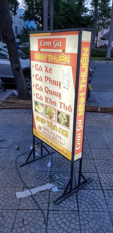 Thi công hộp đèn ở Đà Nẵng này giá 800.000đ hộp
